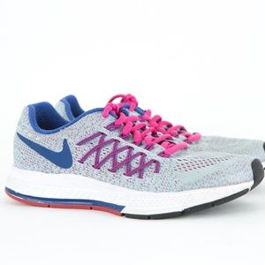 NIKE Zoom Pegasus 32 Light Blue w/ Pink Sneakers